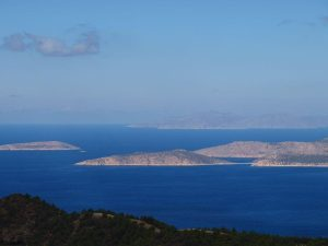 Kleine eilanden bij Rhodos