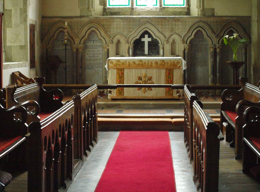 Blik in het kerkje