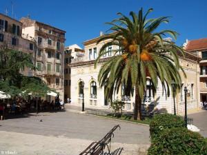 Plein in Korfoe-Stad / Square in Corfu-Town