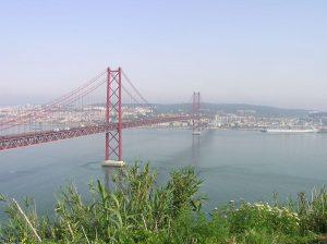 Brug in Lissabon