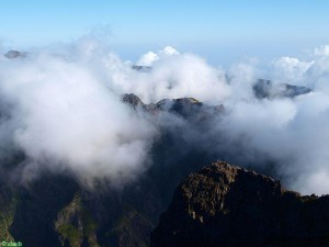 Wolken auf Pico Arieiro